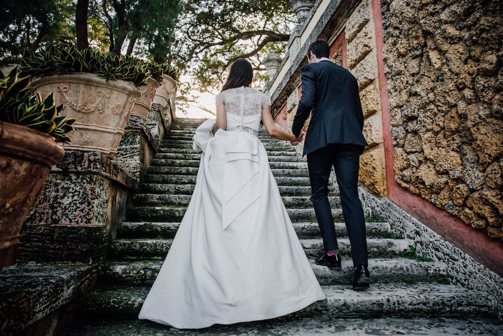 Wedding photoshoot at Vizcaya Museum and Gardens